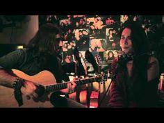 Andrés Suárez y Elia Velo - Tal vez te acuerdes de mí - YouTube Youtube, Music Videos, Music Instruments, Guitar, Stars, Concert, Singers, Movies, Bands