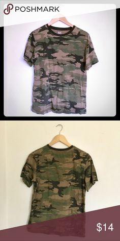 4834e1ed Vintage Camo Green Tee Shirt / Camouflage Sm Youth XL (tag) / fits Adult S  Measurements: pit to pit length (shoulder to bottom hem) collar opening  sleeve ...