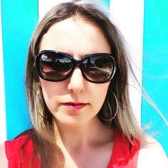 Blogueira sur Instagram: Bom dia! #bomdia #bomdiaa #boenosdias #bonjour #goodday #goodvibes #goodmorning #selfies #selfie #selfietime #instaselfie #likephoto… Selfie Time, Selfies, Sunglasses, Instagram, Fashion, Bom Dia, Bonjour, Moda, La Mode