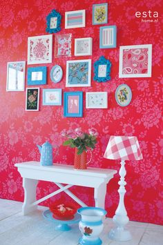 wallpaper flower. blue white frames. red / hot pink