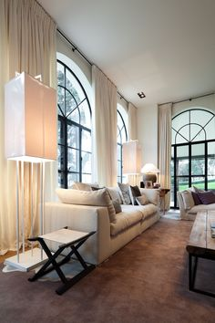 Arched Window Coverings, Arched Windows, Black Windows, Interior Windows, Interior And Exterior, Diy Interior, Living Room Decor, Living Spaces, Dining Room