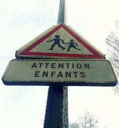 ¡ATTENTION ENFANTS!