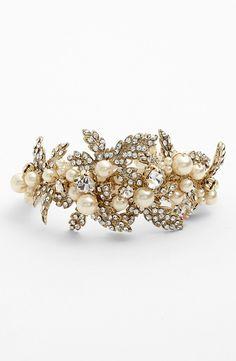 Vintage Details|  'Hallie' Faux Pearl & Crystal Bracelet