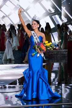 I wonder what Siwon would have to say to the new Miss Universe 2015's past Tweets about him? Ge