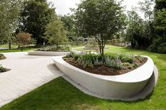 Stevenage Town Centre Gardens | Stevenage UK | HTA Landscape #precast #concrete #planter