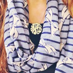 monogram necklace with bow scarf! Preppy Style, Style Me, Preppy Girl, Bow Scarf, Preppy Southern, Southern Prep, Classy And Fabulous, Mode Style, Passion For Fashion