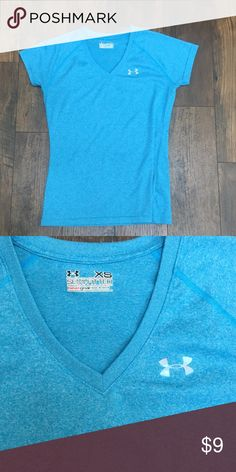 Under Armour Semi-Fitted Heat gear T-Shirt Women's Size XS.  Excellent used condition  Pretty light blue color  Any questions please ask! 😊  Price = Firm due to posh fees Under Armour Tops Tees - Short Sleeve