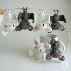 Perfect for Halloween favors or just for decorating, this bat amigurumi pattern is really quick and fun to make. Amigurumi Bat by elbuhocosturero is a great free crochet pattern to use up random scraps of yarn. Bats are lovely creatures, so they're fun all year round. Make loads of them to hang them like batty …