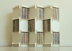 A San Francisco company has launched a Kickstarter to fund a modular vinyl shelving unit called Grow, ideal for record storage. Record Shelf, Vinyl Record Storage, Storage Shelves, Storage Ideas, Storage Boxes, Kallax Shelving, Modular Shelving, Cube Shelves, Wall Mounted Shelves