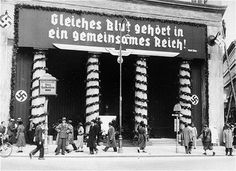 Nazi campaign slogan on a banner on Loos Haus in Vienna