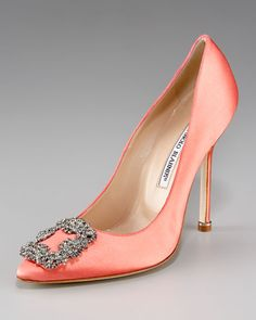 I wonder how I would look in coral - I have pale, pinky skin. Anyone know how that would jive? #ManoloBlahnik
