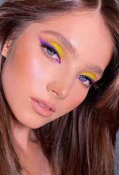 Edgy Makeup, Makeup Eye Looks, Eye Makeup Art, Colorful Eye Makeup, Pretty Makeup, Skin Makeup, Eyeshadow Makeup, Beauty Makeup, Indie Makeup