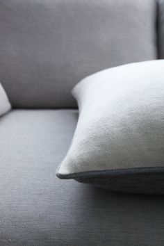 | Fells / Åndes . warm minimalism | dane levätä cushion . royal baby alpaca