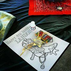 cowboy birthday party ideas for boy www.spaceshipsandlaserbeams.com