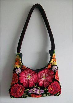 """Elegante Ethno Tasche - floral bestickt """"Istmo IV"""" von Época Kunst Galerie auf DaWanda.com"""