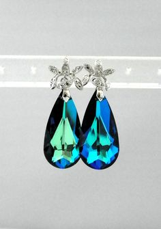 Beautiful Earrings Brides Maid Wedding Grandmother Elegant Bride E26 All Occasion Mother Gold Filled Crystal Jewel Peacock Design