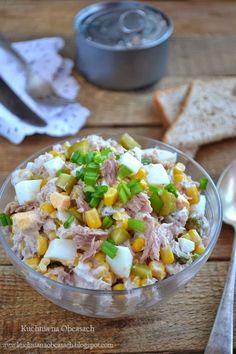 kuchnia na obcasach: Sałatka z tuńczyka, kukurydzy, jajek i ogórków