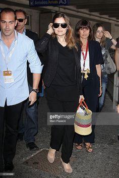 Photo d'actualité : Top model Laetitia Casta arrives at Nice airport...