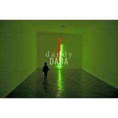"Green Onion Neon L'opera ""Green Onion Neon"" di Francesco Nencini appartiene alla collezione ""Let There Be Neon"". Le opere dell'artista americano Dan Flavin ci conducono in stanze della mente e della fantasia e ci avvicinano alla cromoterapia dell'anima. #Varese, 2004. #museo #artecontemporanea #luce #bambino"