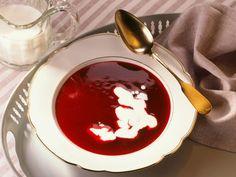 Rote Grütze mit Schlagsahne ist ein Rezept mit frischen Zutaten aus der Kategorie Mahlzeit. Probieren Sie dieses und weitere Rezepte von EAT SMARTER!