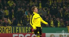 Dortmund's Felix #Passlack lost his gum, and retrieved it in the most badass, soccer way possible. #FelixPasslack #Dortmund #funnysoccer #soccerplayers #soccer #soccervids