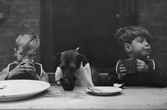 The table for young friends - London by Bert Hardy, 1932