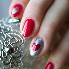 happy valentinesday manicure! Love the hearts! #valentinesday #date