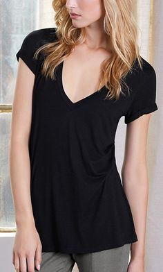 Relaxed black V-neck tee made from luxuriously soft beechwood fabric
