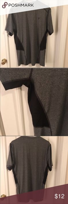 Men's Old Navy Go Dry Semi-Fitted Shirt This shirt has never been worn - my bf just took the tags off before trying it on 😖 it's a somewhat stretchy shirt and would be a fitted shirt for a true large or a regular shirt for a true medium. This is Dry fit material. No trades please and thank you. ➡️➡️➡️ I'm open to reasonable offers, so make me one 😊 The more you bundle the more you save ❣️ 10% off 2 items 🎁 15% off 3 🎁  20% off 4+🎁 Just comment and let me know what discount you want so I…