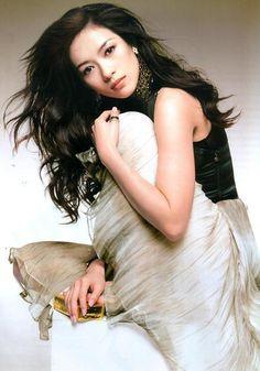 Ten Most Beautiful Chinese Actresses Beautiful Chinese Women, Beautiful Asian Girls, Most Beautiful, Celebrity Headshots, Model Headshots, Princess Of China, Best Actress Award, Chinese Actress, Female Portrait