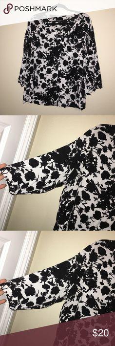 F L O R A L • T O P Only used once. Like new! 100% Rayon Cynthia Rowley Tops Tunics