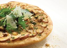 Pizza with walnuts, pears and feta cheese