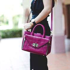 Daniela of Nany's Klozet is #SoDVF carrying the #DVFSecretAgent leather and croc tote http://on.dvf.com/1kJ27XH