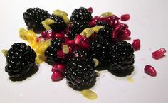 Berries are low-sugar fruits - ideal for a low-carb desert.