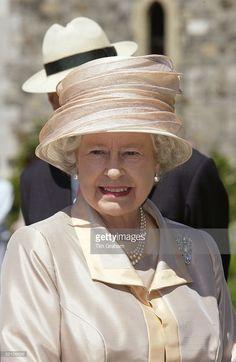 Queen Elizabeth Ll Celebrating Her Golden Jubilee At Windsor Castle With The Creation Of A New Landscape Garden By Designer Tom Stuart-smith.