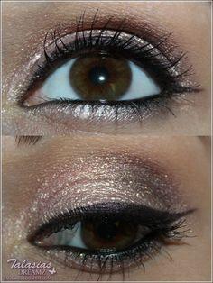 Eye Make Up - Datum: 12.08.2012  http://talasia.blogspot.de/2012/08/amu-swatch-essence-stay-all-day-long.html