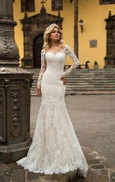 Resultado de imagen para abiti da sposa lungo a sirena 2018 - - Rosita Colantoni Long Sleeve Wedding, Wedding Dress Sleeves, Modest Wedding Dresses, Bridal Dresses, Wedding Gowns, Lace Dress, Dresses Dresses, Boho Wedding, Wedding Ideas