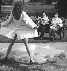 Photo by Helmut Newton Photos Black And White, Black N White, Black And White Photography, Foto Fashion, Helmut Newton, Poses, Portrait, Belle Photo, Art Photography