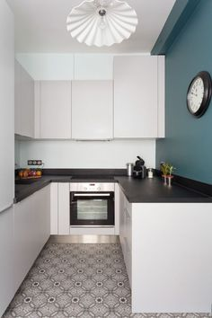 & & & & Apartment Paris 12 : 90 of elegance british Kitchen Dining, Kitchen Decor, Kitchen Cabinets, L Shaped Kitchen, Floor Patterns, Modern Decor, Home Kitchens, Home Remodeling, Kitchen Remodel