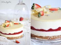 Angellove's Cooking: Бяла шоколадова мус торта с лимончело и ягоди / White Chocolate Limoncello and Strawberry Mousse Cake