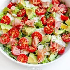 Caprese Salad, Pasta Salad, Ciabatta, Mozzarella, Salad Recipes, Potato Salad, Salads, Lunch Box, Dinner