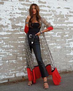 image of rocky barnes (Rocky Barnes) wearing Satin-paneled snake-print silk crepe de chine robe by we are leone – 20 Ways to Style Fabulous Fall Fashion 2018 Mode Abaya, Mode Hijab, Look Fashion, Womens Fashion, Fashion Design, Fashion Trends, Japan Fashion, Sexy Fall Fashion, Iranian Women Fashion