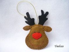 Rudolph the red nosed reindeer felt Christmas ornament door ynelcas