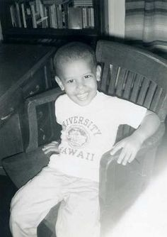 19f750cb19a39 A young president Obama Barack Obama Family, Obama President, First Black  President, French
