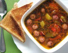 Sriuba išėjo tiesiog fantastiška. Labai sotus ir šildantis patiekalas. Vandens pilkite tiek, kokio tirštumo sriubos norite.