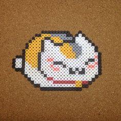 Cat Perler by tsubasa.yamashita Nyanko-sensei from Natsume Yuujinchou Perler Bead Designs, Perler Bead Templates, Hama Beads Design, Diy Perler Beads, Pearler Bead Patterns, Perler Bead Art, Perler Patterns, Pearler Beads, Pixel Art