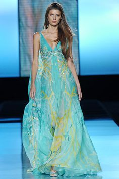This dress makes me think of the Sea <3