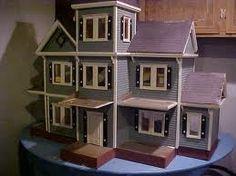 Dollhouses!