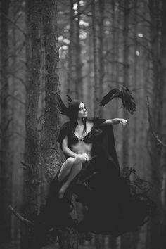 Dark Queen of The Ravens