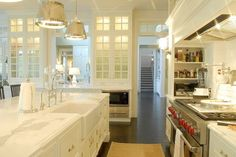 yes, i'm pinning yet another white kitchen. but it's so pretty.